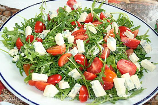 салат с морепродуктами и рукколой рецепт с