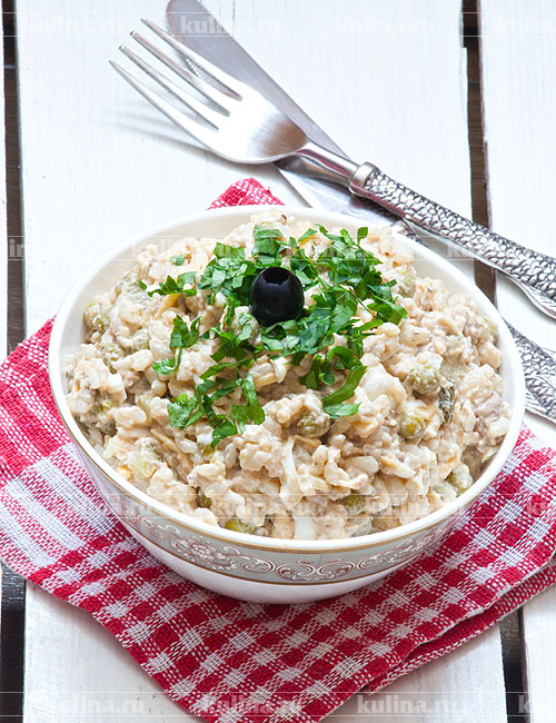 салат с печенью трески и рисом рецепт