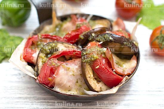 баклажаны в духовке с помидорами сыром и ветчиной и