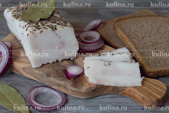 Сало с чесноком: фирменный рецепт