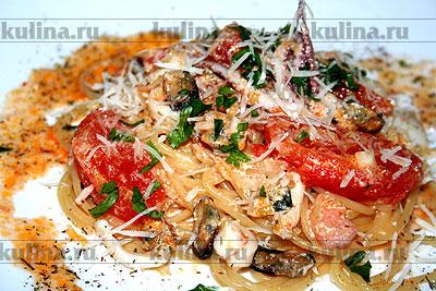 Спагетти с морепродуктами (морской коктейль)