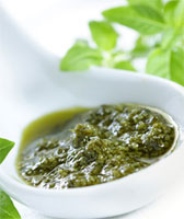 Соус зеленого цвета