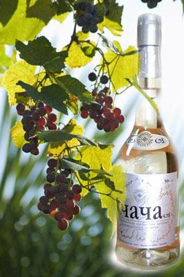 Чачей в Грузии называют исключительно виноградную водку самогон.