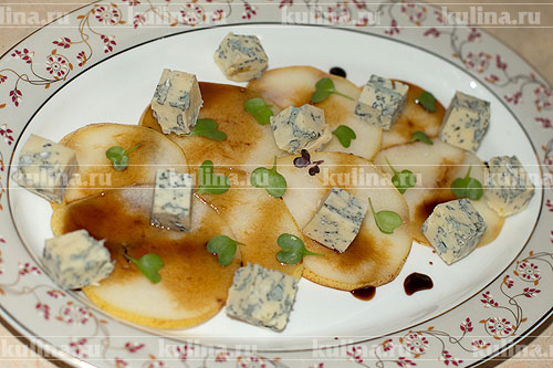 рецепт салата из груш сыра