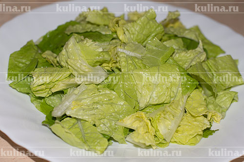 Лист салата курица сухарики