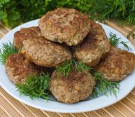 Вкусные домашние котлеты: 5 рецептов для всей семьи